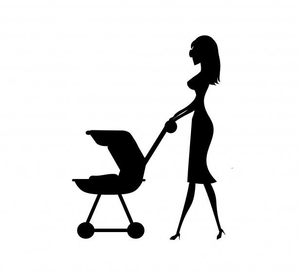 mamma con passeggino